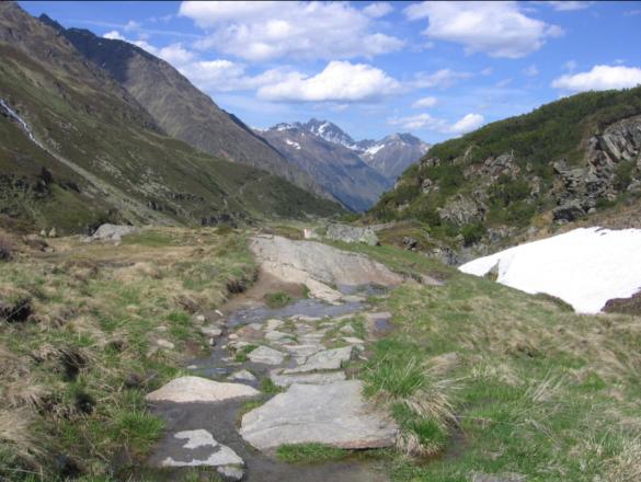 Cesta zpět do údolí