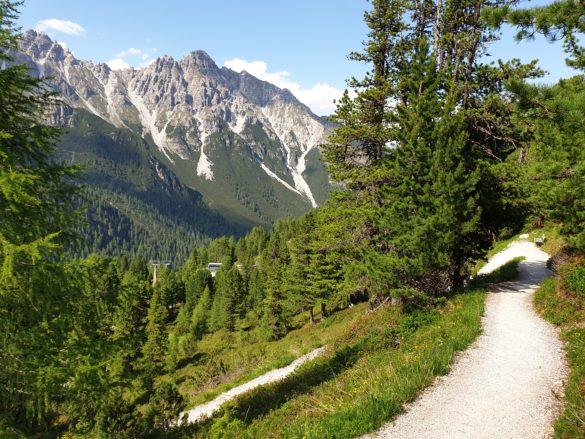 Cesta dolů ke Schlickeralm
