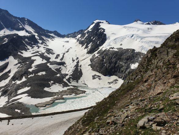 Ledovec Sulzenauferner, pod ním ledovcové jezírko