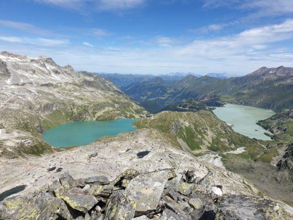 Weißsee vlevo, Tauernmoossee vpravo