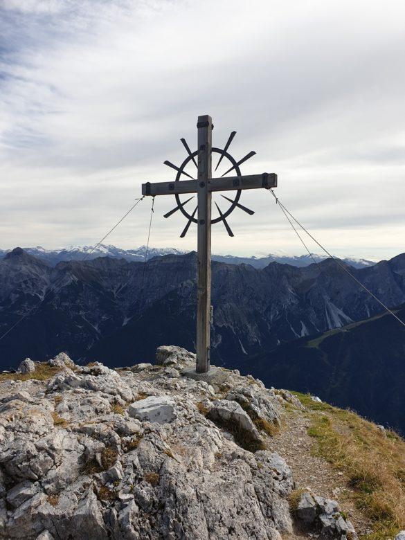 Hoher Burgstall - vrcholový kříž