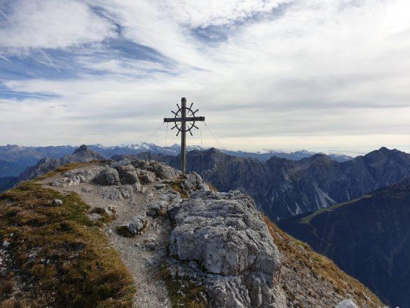 Hoher Burgstall - poslední metry k vrcholovému kříži