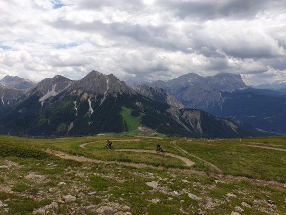 Sjezd (downhill) z vrcholu